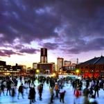 横浜のクリスマス特集!夜景やディナーとともに、アートと音楽、そしてスケートも楽しめる!