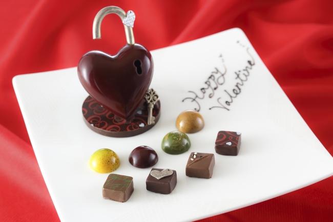 ロイヤルパークホテル、コンクール入賞パティシエの新作を含む「バレンタインチョコレート」好評販売中!