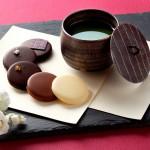 セルリアンタワー東急ホテル、限定10個!「KARATSU 2016―唐津―」唐津焼湯呑とチョコレートを合わせた、バレンタインギフト