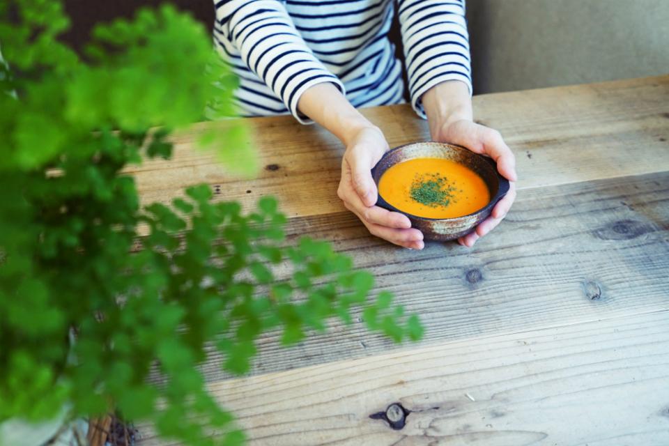 人参とパプリカの温かいポタージュで身体をいたわる 【家スープのじかん with Soup Stock Tokyo12】