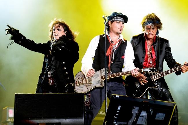 第58回グラミー賞授賞式、ジョニー・デップ、アリス・クーパー、ジョー・ペリーによるスーパー・グループ、ハリウッド・ヴァンパイアーズ出演決定!